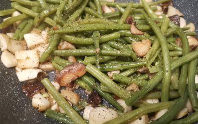 grüne Bohnen mit Pilzen