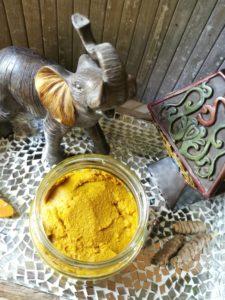 Goldene Paste