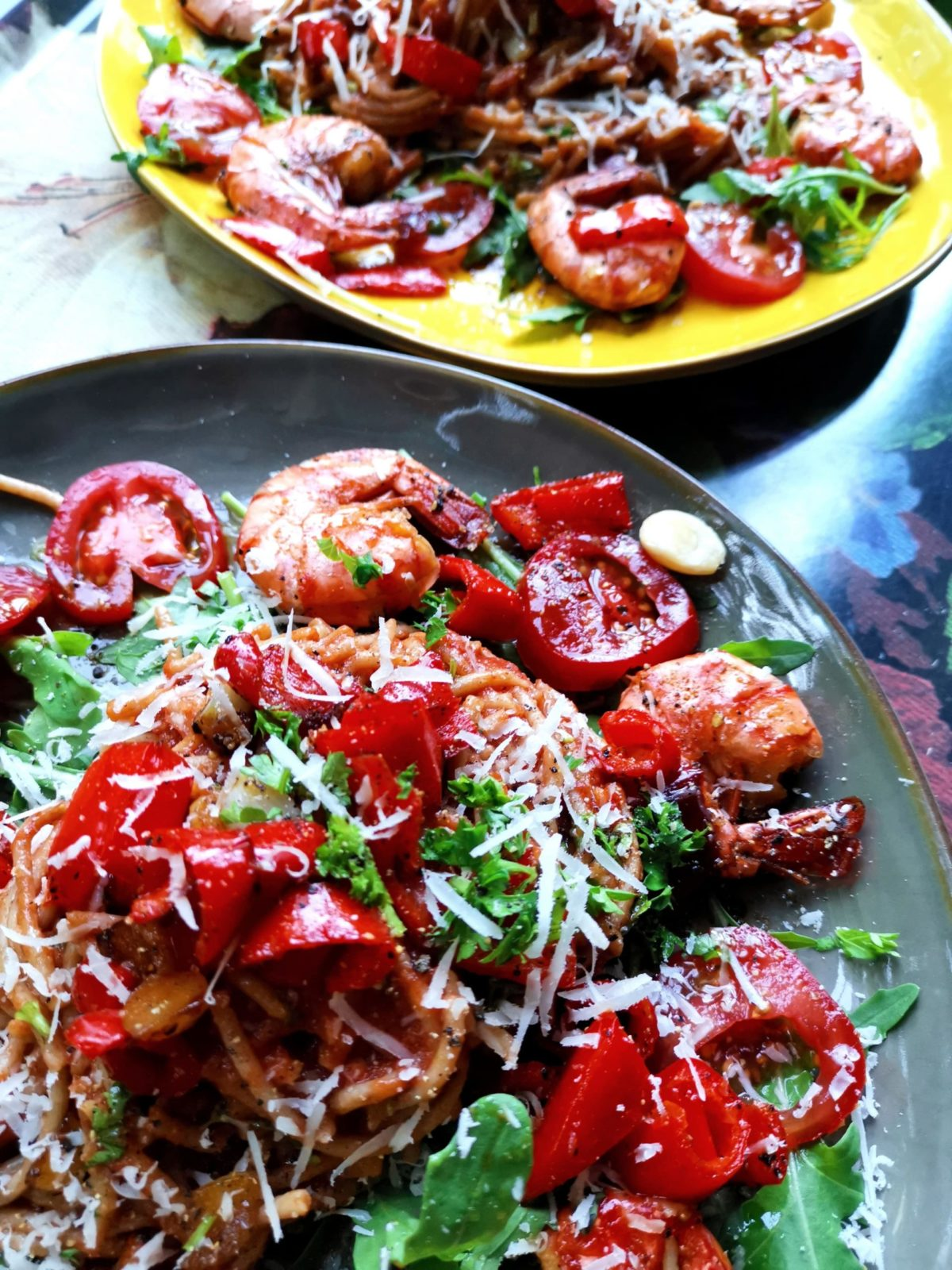 Spagetti mit Scampi und Tomatensosse